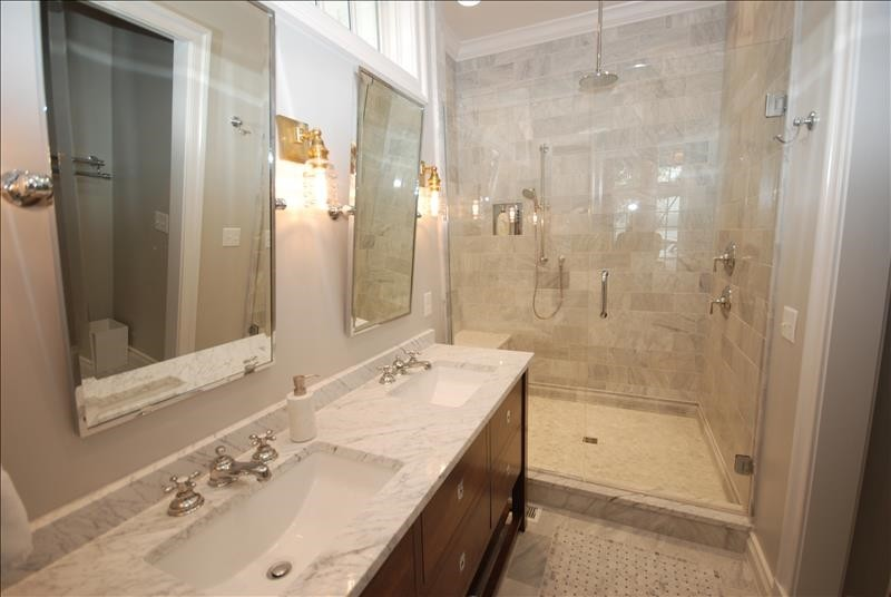 Bathroom- 101 Lake Dr