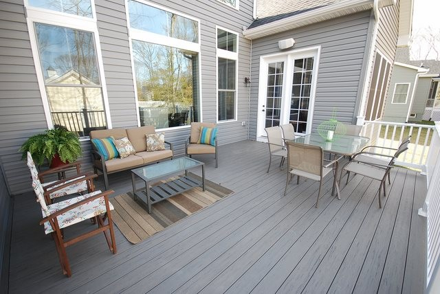Deck - 37483 Liverpool Dr