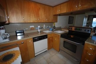 Kitchen - 2 Virginia Ave #206