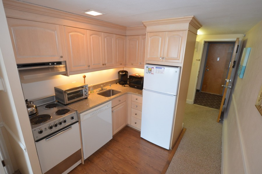 EH514 KITCHEN 2