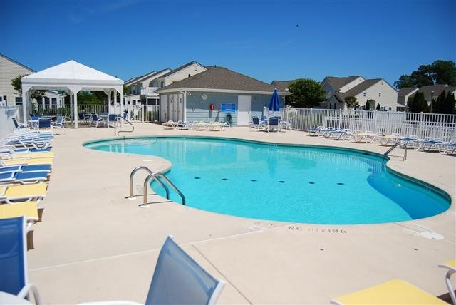 Community Pool - 20287 Flagler Ct