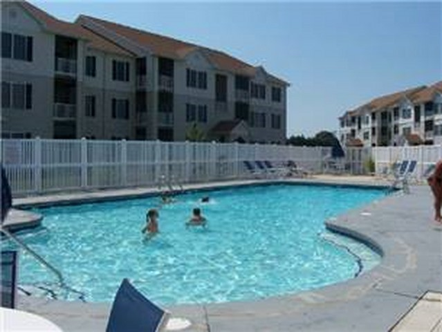 Community Swimming Pool -4100 Sandpiper Dr - 4117