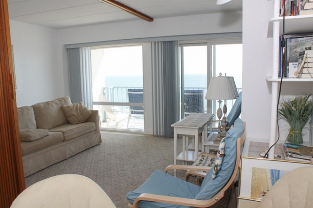 Living Room - 307 South Boardwalk
